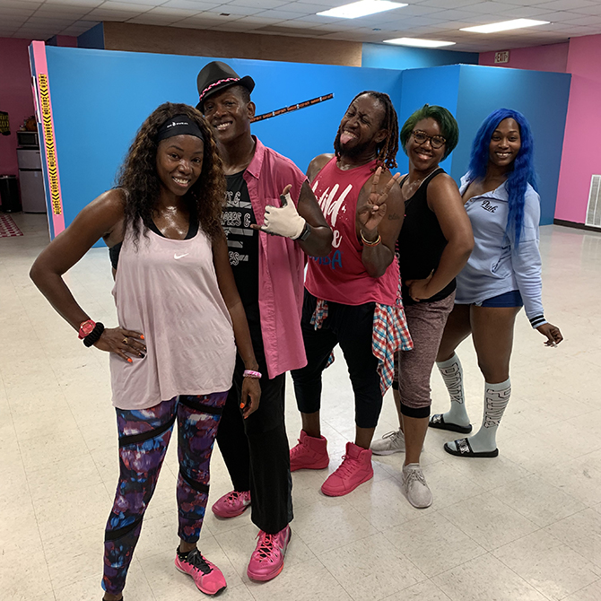 You are browsing images from the article: Zumbathon raises money for the cause